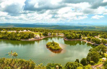 Temple at Ganga Talao. Mauritius and Grand bassin lake